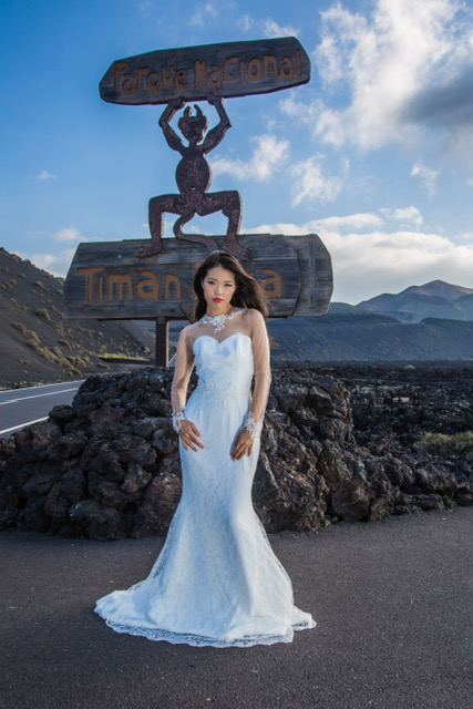 wedding photography Lanzarote, wedding dress Lanzarote, Lanzrote photography, wedding dress designer Lanzarote, Oswlado Machin, Lanzarote Weddings